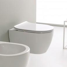 Окачена тоалетна чиния MOON БЕЗ РЪБОВЕ с капак плавно затваряне