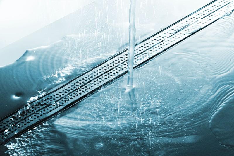 Линеен сифон с решетка QUADRATUM - 700mm